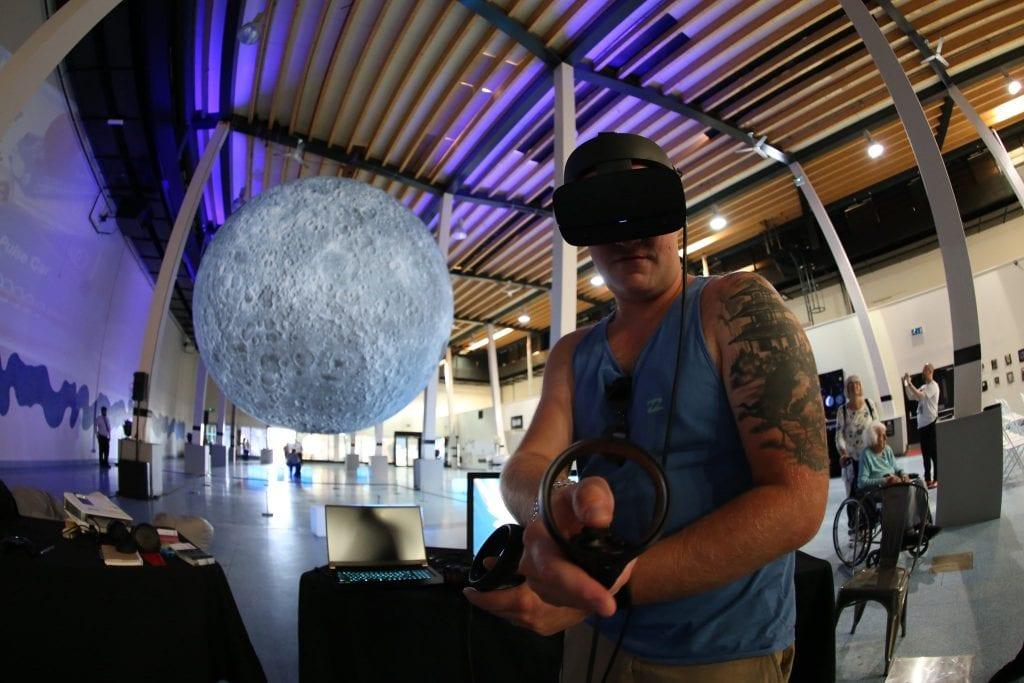 Zero Gravity Lunar Library
